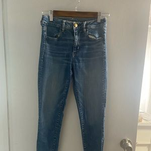 Size 4 American Eagle high rise jeggings